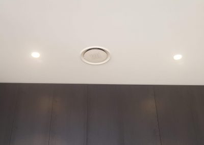 We use energy efficient Eco-Air outlets and Holyoake dual function outlets in our AC installations in Unley